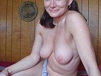 Nackt privat ehefrau Ehefrau Sex